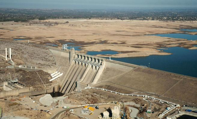 140226-folsom-lake-drought-january-720a_de41fd3a95ca62916f185ca9f8831f93